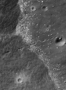 разломы на луне