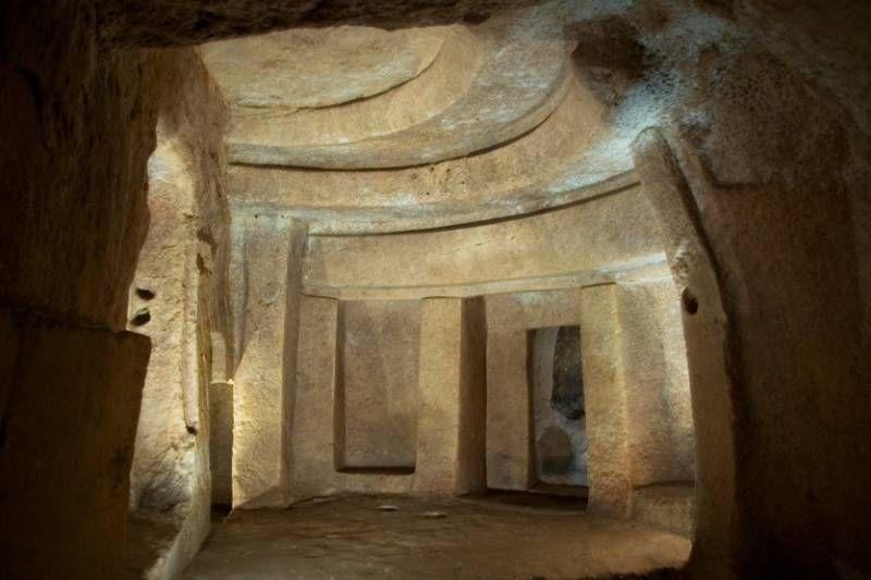 Хал-Сафлиени: загадка древних катакомб