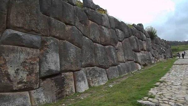 Загадки каменных стен Саксайуамана.