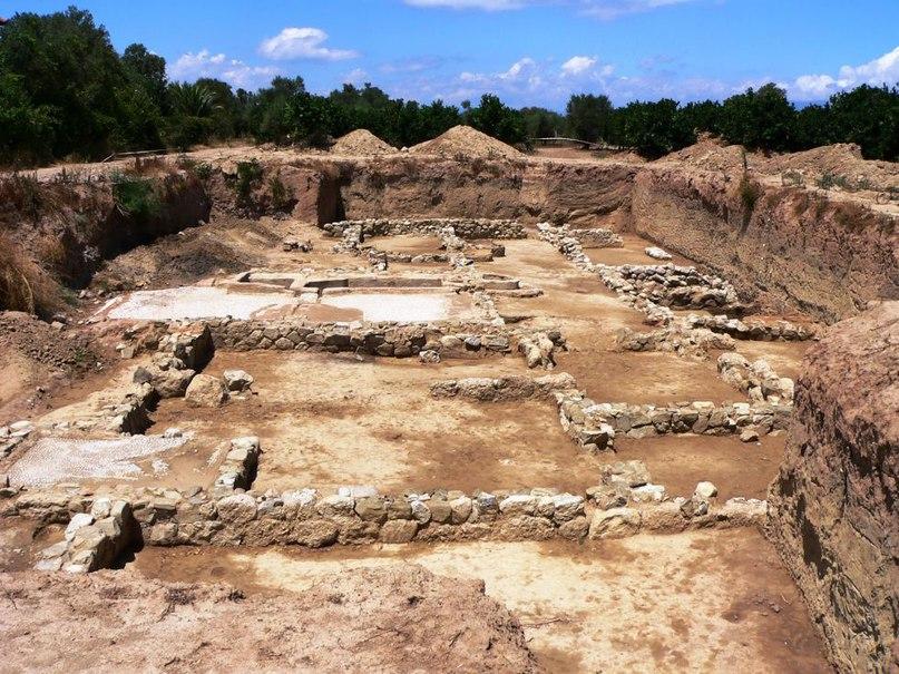 раскопки города Гелика