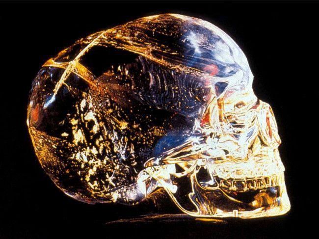 хрустальный череп