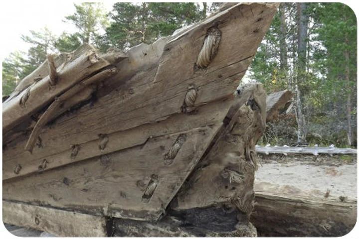 деревянное судно