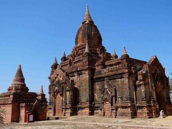 город тысячи храмов