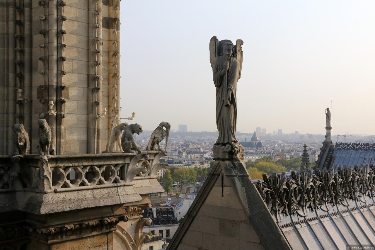 статуи Нотр-Дам де Пари