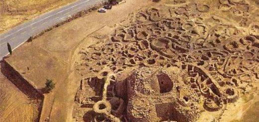Нураги, гробницы