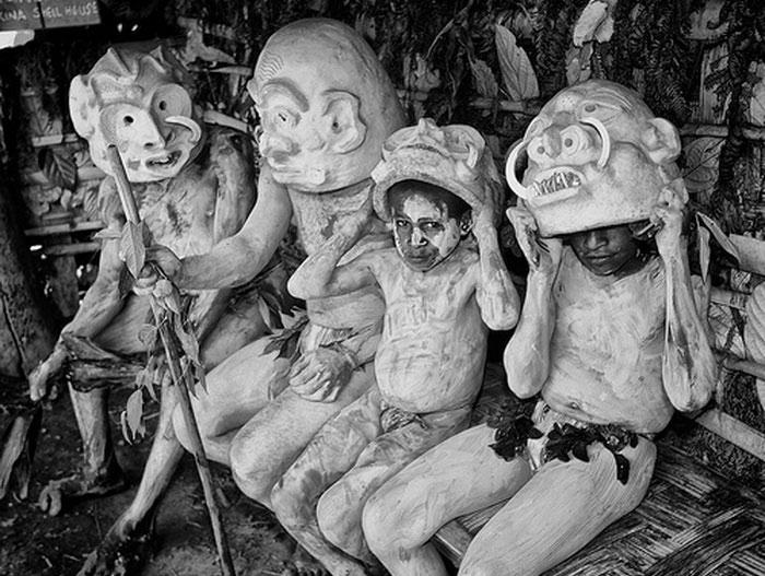 Шлемы аборигенов Индонезии