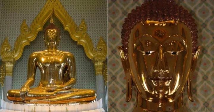 Золотая статуя была найдена внутри другой статуи