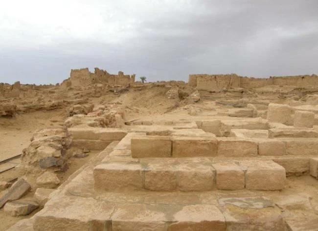постройки в пустыне Сахара