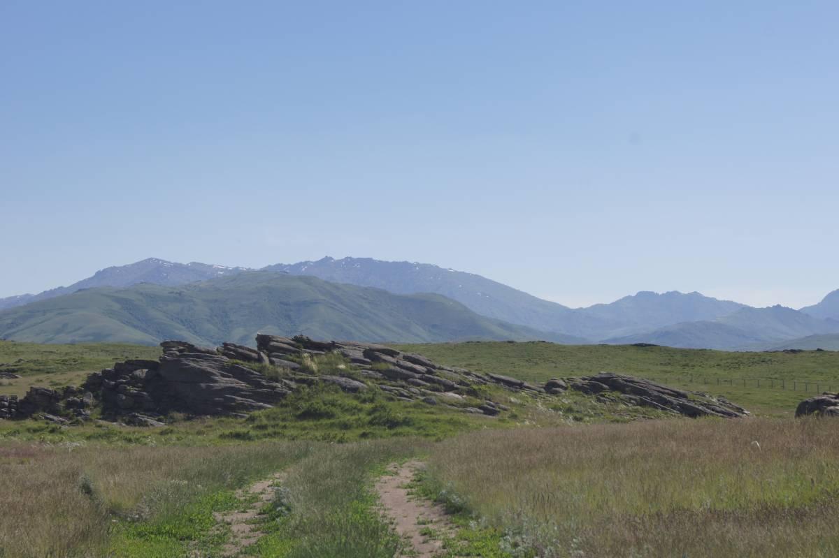 Священная долина Ак-Баур