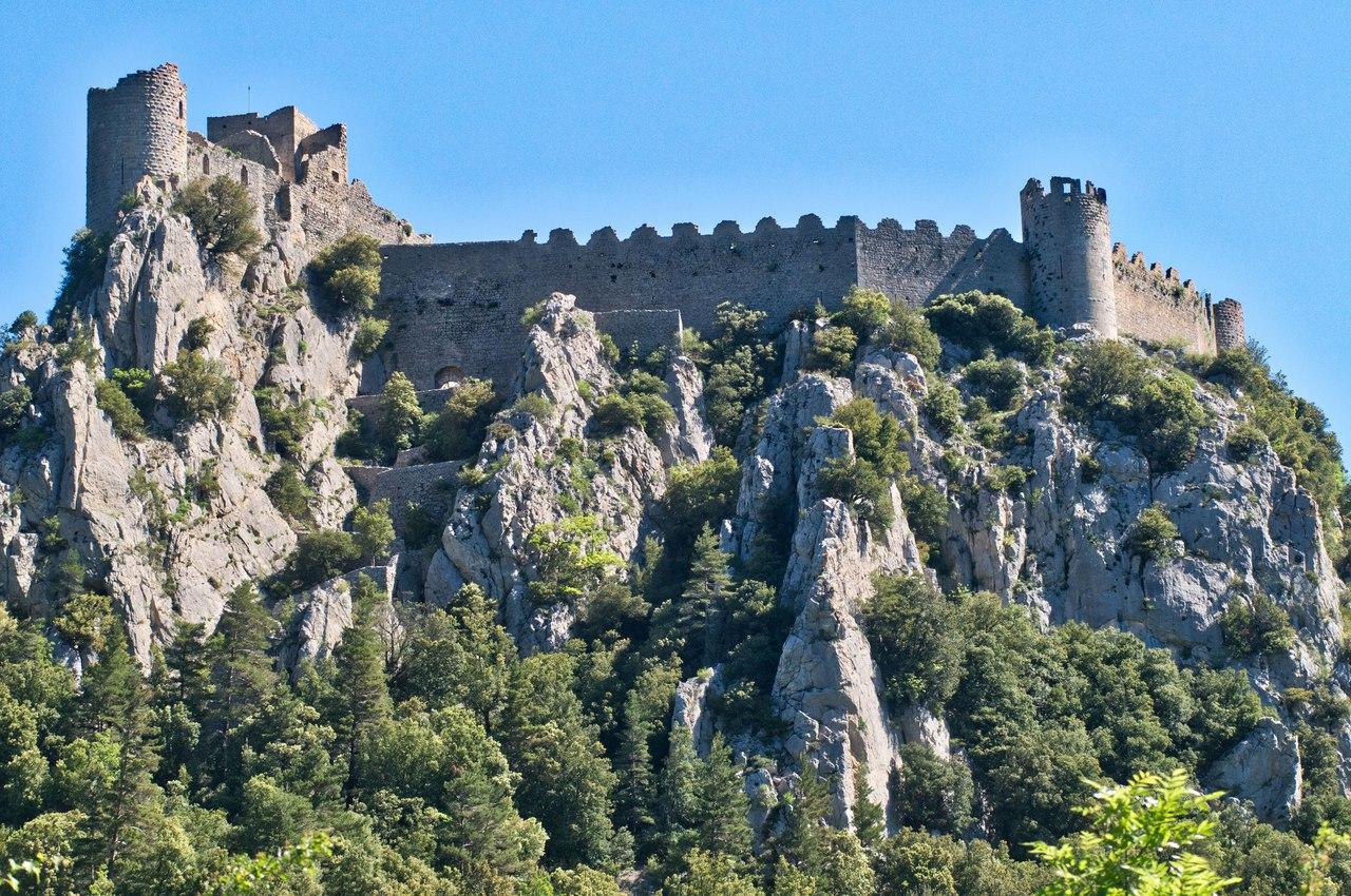 замок Монсегюр