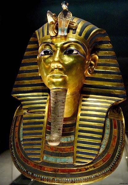 Детали статуй фараонов