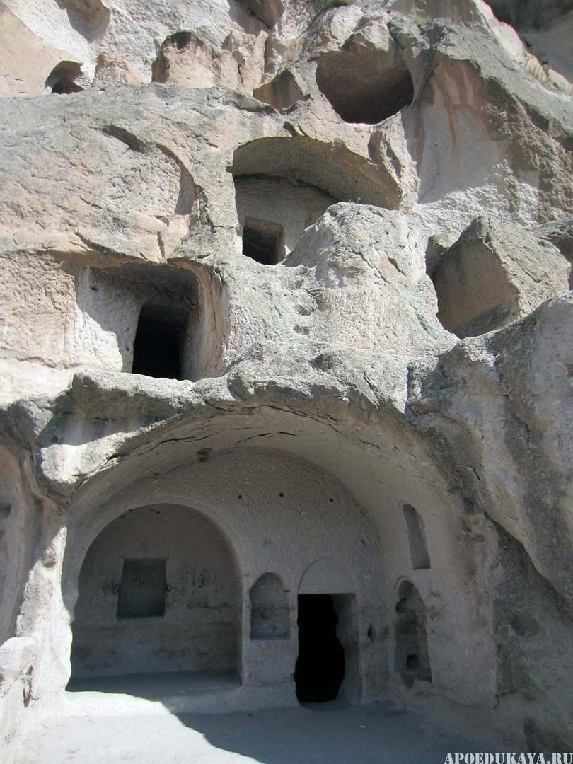 Пещерный монастырь Вардзиа.