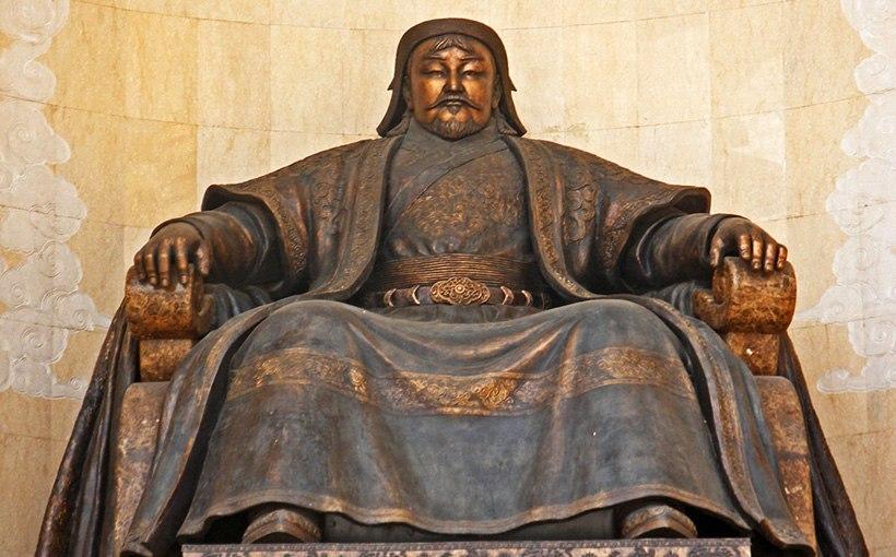 скульптура Чингисхана
