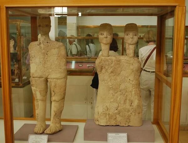 Таинственные древние статуи из Иордании