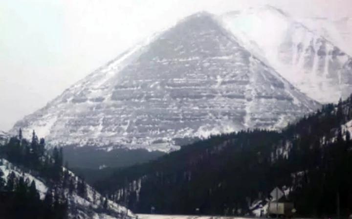 пирамида на Аляске