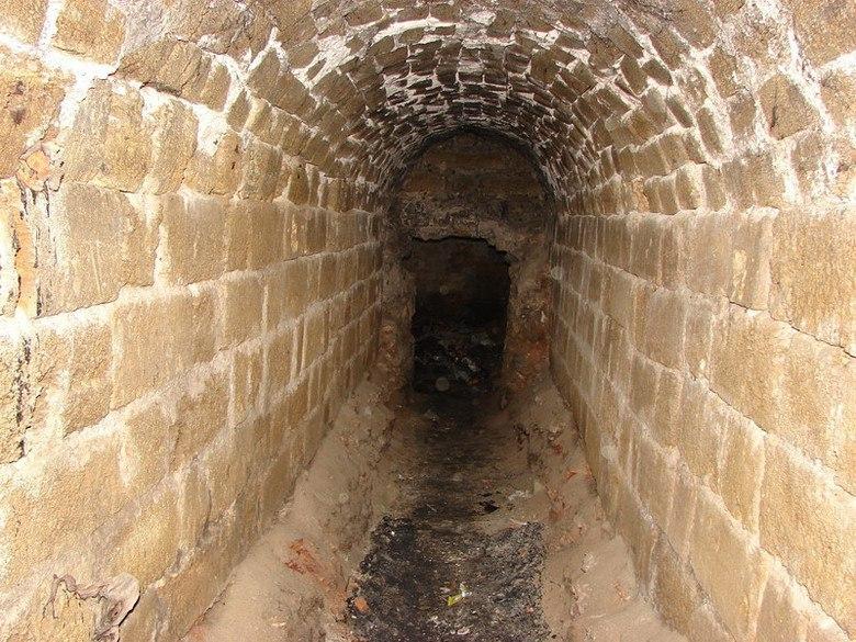 Подземная жизнь Симферополя