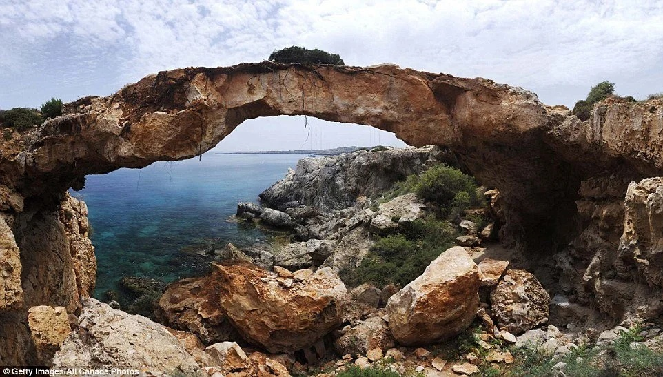 Мост Камара ту Корака на Кипре