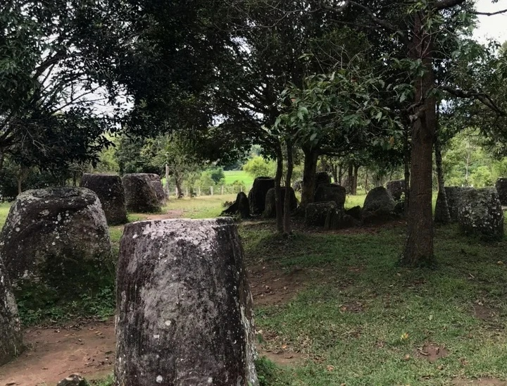 древний горшок-мегалит