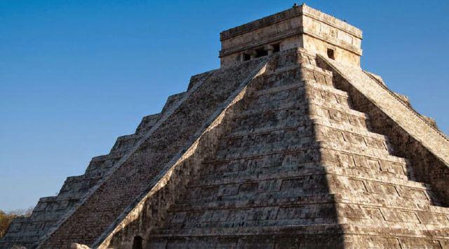 Храм Кукулькана в Мексике