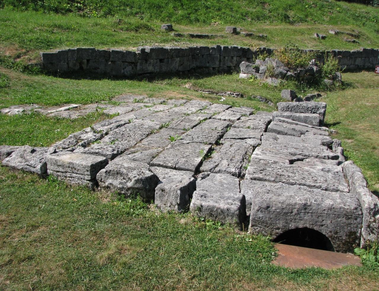 руины Сармизегетузы