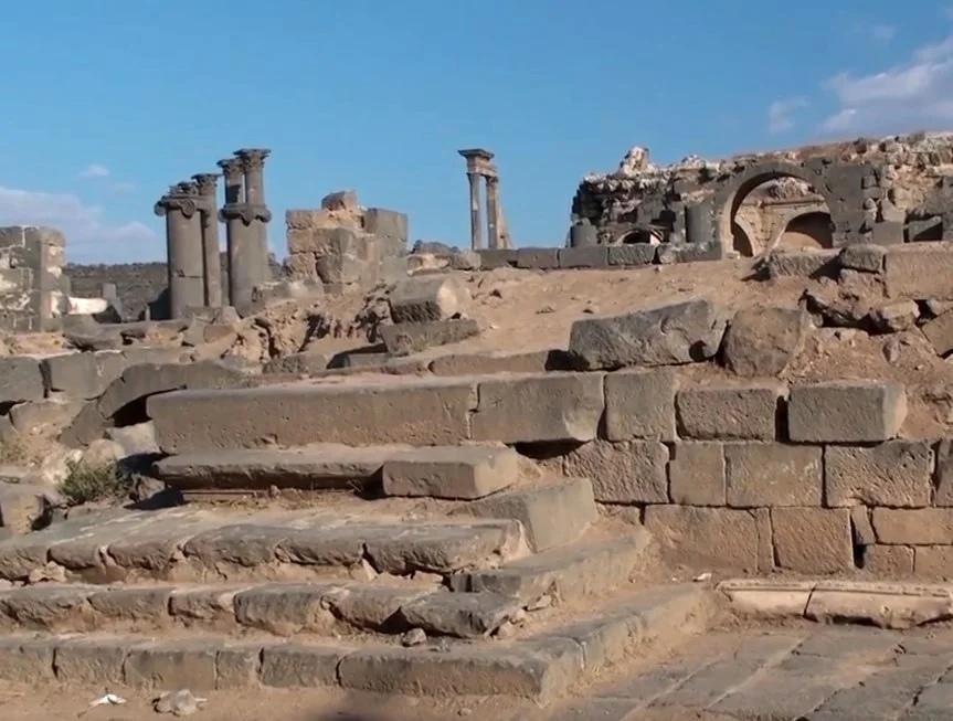 Древний чёрный город Босра