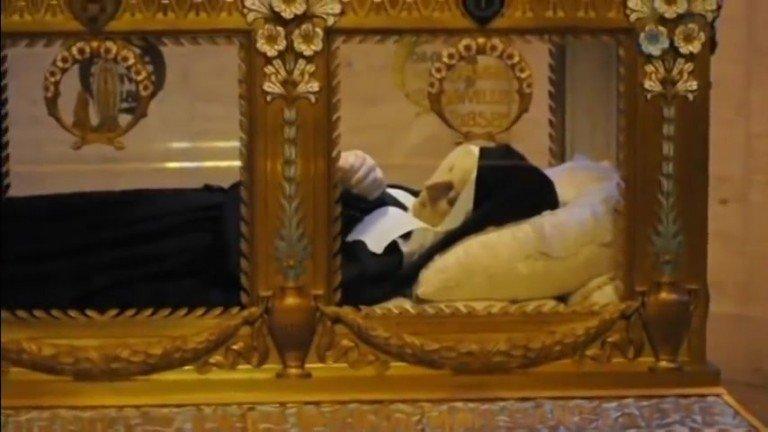 Святая Бернадетта из Лурда ( 7 января 1844 – 16 апреля 1879)