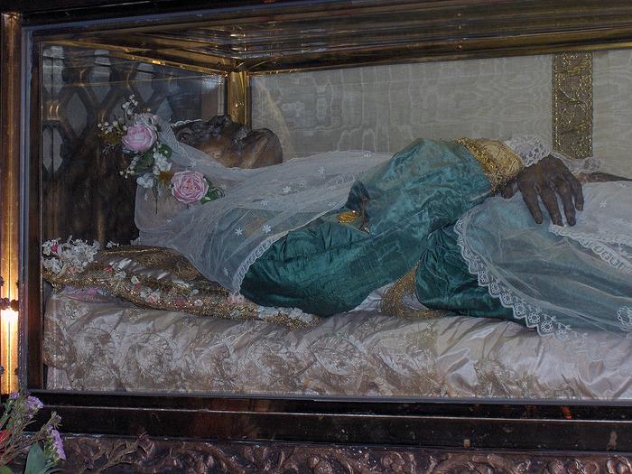 Святая Зита (c. 1212 – 27 April 1272)
