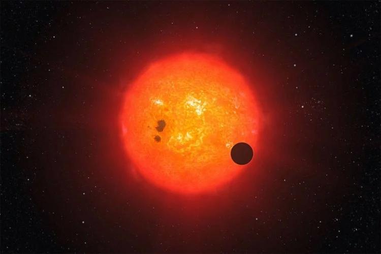 Красные карлики являются настолько тусклыми, что их сложно заметить даже в мощный телескоп