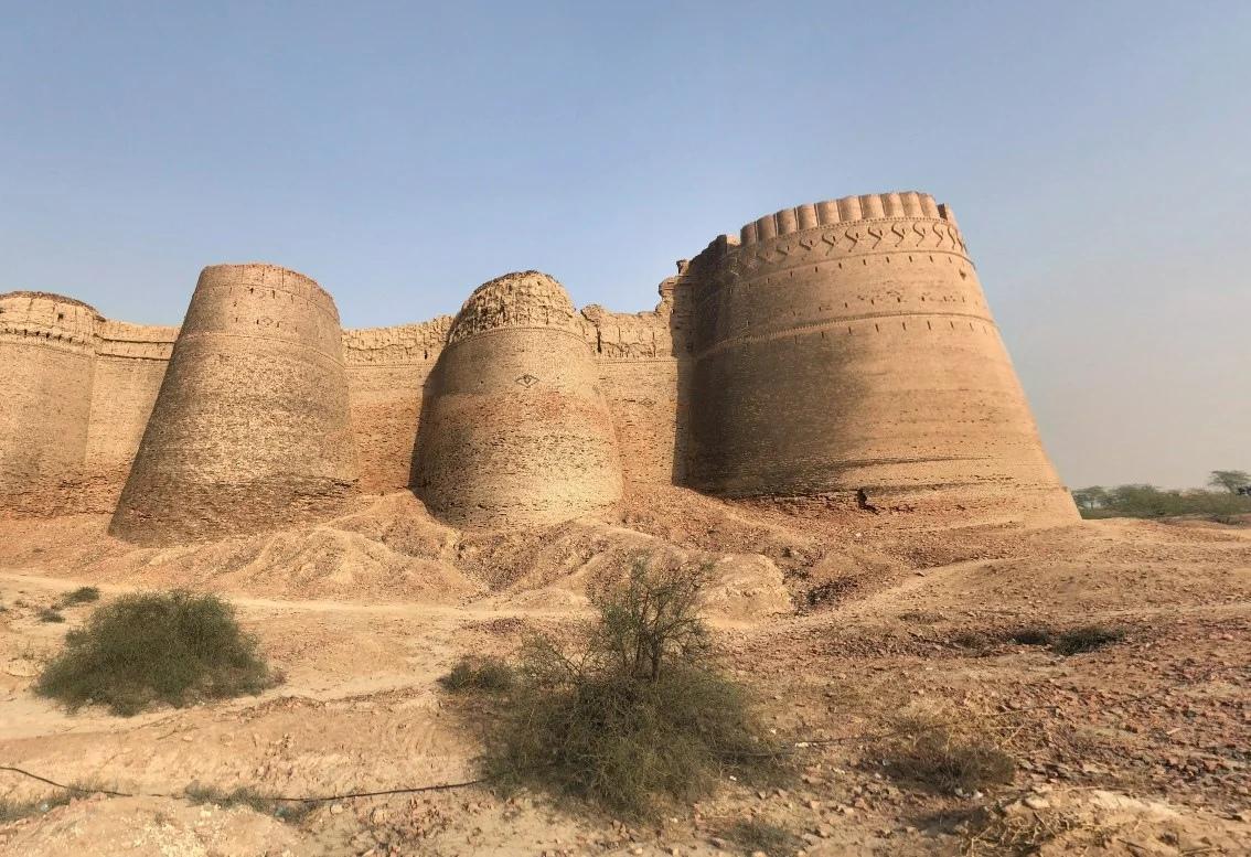 форт Деравар