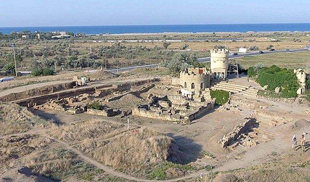 въезд в крепость Митридата VI