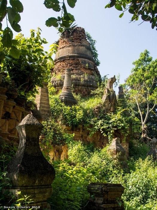 Долина сотни древних пагод
