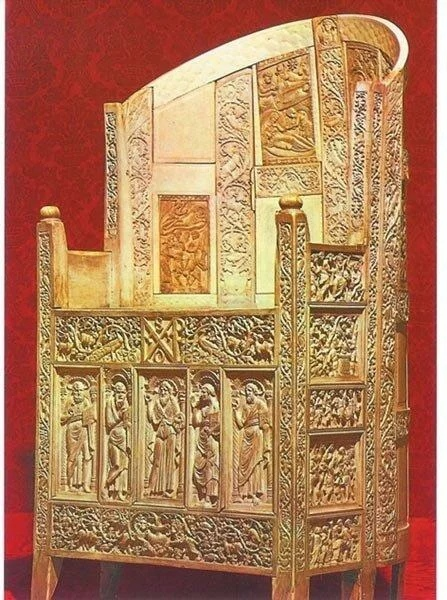 трон римских императоров