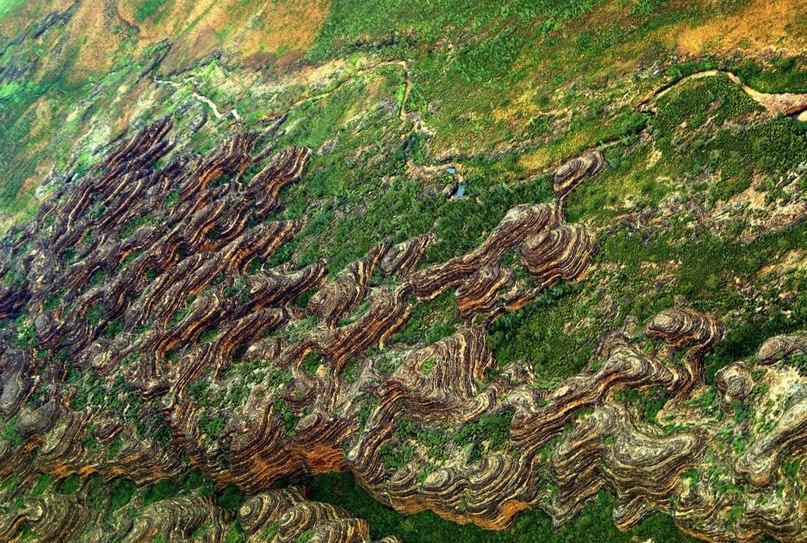 Хребет Бангл-Бангл