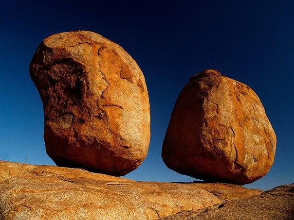 камни Карлу-Карлу