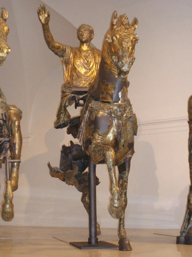 Золотые всадники из Анконы