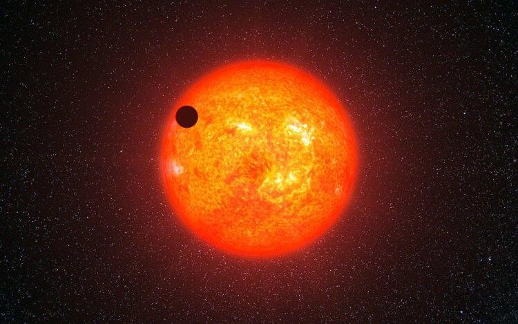Транзитный метод помогает ученым обнаружить новые экзопланеты, основываясь лишь на данных об изменении излучаемого звездой света