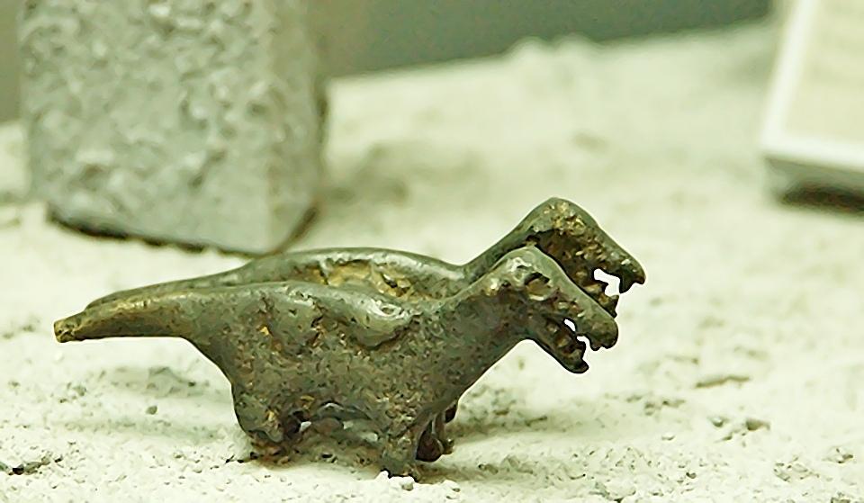 динозавры на древних рисунках