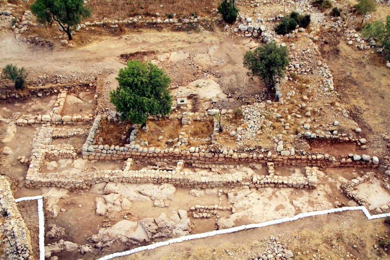 Дворец царя Давида в Хирбет Кияфе и конец библейского минимализма