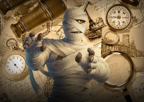 На сегодняшний день археологи и исследователи уверяют, что «кричащая мумия» — это останки отпрыска Рамсеса III. На основании популярной теории можно утверждать, что принц Пентевер замышлял страшный заговор. Наследник желал гибели родителю, мечтая занять его место. Однако замысел потерпел неудачу, а заговорщик предстал перед беспощадным судом.  Тайна кричащей мумии, изображение №1 Первое леденящее кровь открытие Археологи, что удостоились чести обнаружить странную мумию, были безумно удивлены. Лицо мумифицированного тела источало невыразимую боль. Создавалось впечатление, что египтянин безмолвно кричал. Исследователи начали выдвигать множество теорий, доводить аргументы, не прекращая попыток выяснить личность этой мумии. Единственный факт, который не вызывал сомнения заключался в том, что человек погиб в агонии.  Странная находка оказалась неожиданной головоломкой Долгие века усыпальница была скрыта в гробнице, находящейся вблизи Каира. Здесь были похоронены останки величайших правителей, имена которых навечно вошли в историю. Изумление исследователей вызвал саркофаг, не отличающийся особым убранством. Древняя мумия находилась в обычном саркофаге, где жрецы не указали имя усопшего. Неожиданная головоломка подтверждает догадки, что в окружении именитых личностей не может лежать простой человек. Напомним, что находку обнаружили рядом с:  Тутмосом; Сети; Рамсесом. Место и атрибутика захоронения говорит о том, что погибший совершил страшный проступок. Мумия была завернута в шкуру козы, а это нечистый предмет для жителей Египта того времени. Лицо подростка было искажено от боли. Выражение лица рождало тревогу, вызывало настоящий ужас и худое предчувствие.  Тайна кричащей мумии, изображение №2 Безымянная мумия в окружении великих правителей была предана забвению. Об этом свидетельствует отсутствие имени, что в Египте означало вечное проклятье. Руки и ноги египтянина были крепко связаны. Это показало вскрытие и следование тела в лаборатории. Эксперты предполагают, что египт
