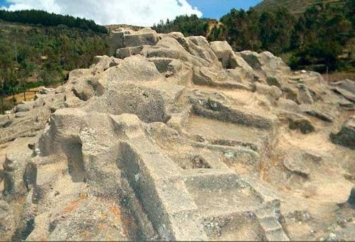Каменные монолиты комплекса Сайвите