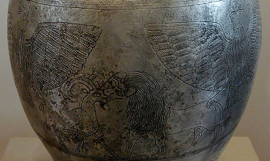 серебряная ваза Шумеров