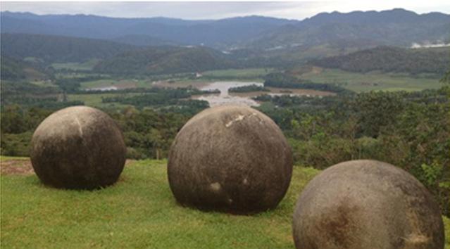 каменные шары Коста- Рики