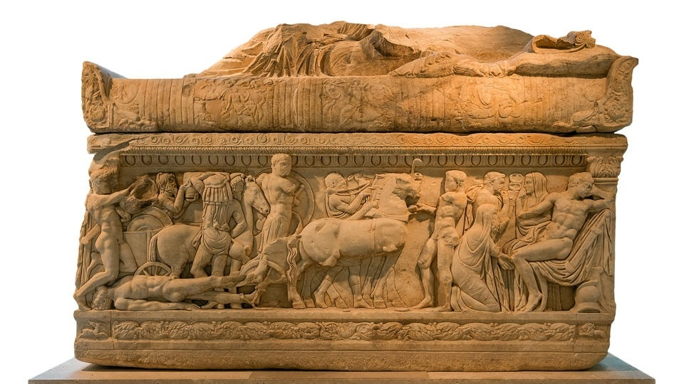 саркофаг с Медузой Горгоной